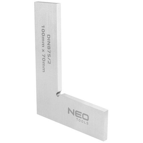 Kątownik NEO 72-021